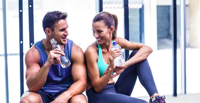 Bere è importante durante l'attività fisica